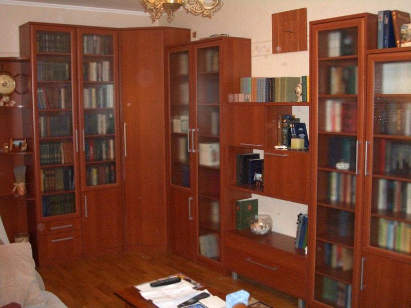 Шкаф в библиотеку.