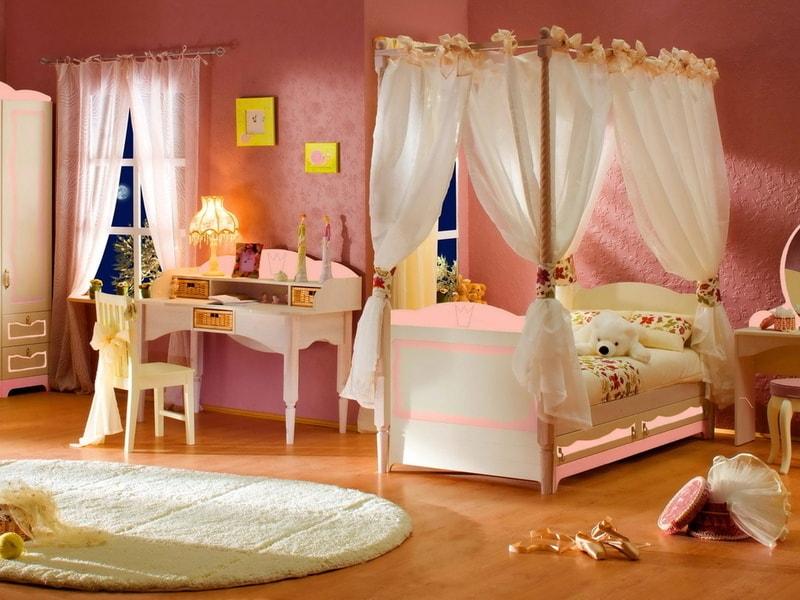 Детская мебель для девочки.