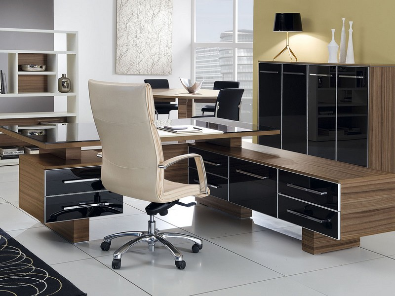 Офисные столы для руководства